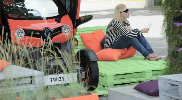 Renault Twizy Gardens from Poland [Photo Gallery]