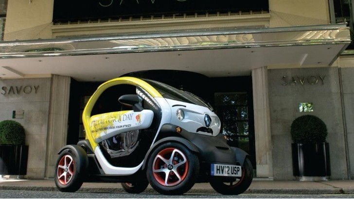 Renault Twizy Gets Freddie Mercury Livery for Charity