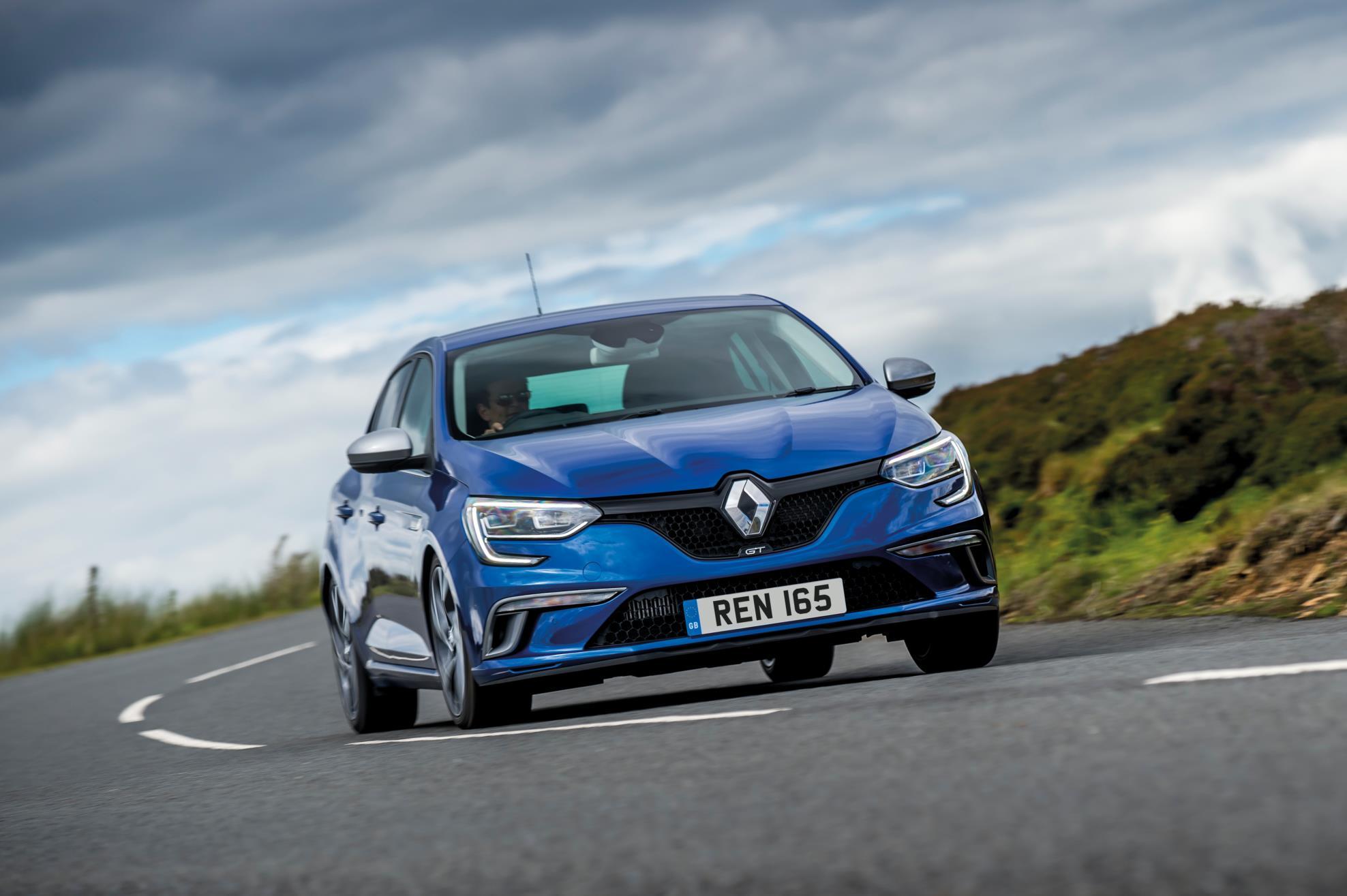 Renault UK Adds Flagship Diesel Engine To Megane Range - autoevolution