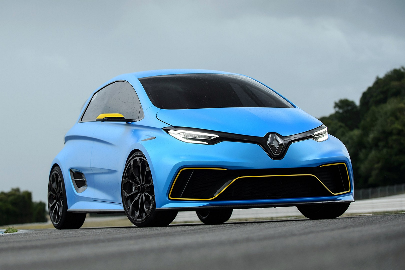 renault zoe e sport track reviews prove it 39 s not just a concept autoevolution. Black Bedroom Furniture Sets. Home Design Ideas