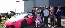 Richard Hammond Grants Girl's Wish to Ride in Pink Lamborghini [Video]