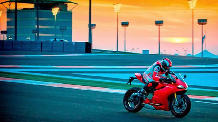 Ride a Ducati 1199 Panigale S on the Famous Yas Marina Circuit