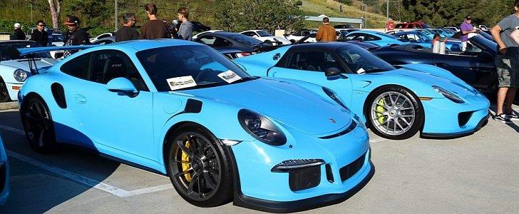 Riviera Blue Porsche 918 Spyder And 911 Gt3 Rs