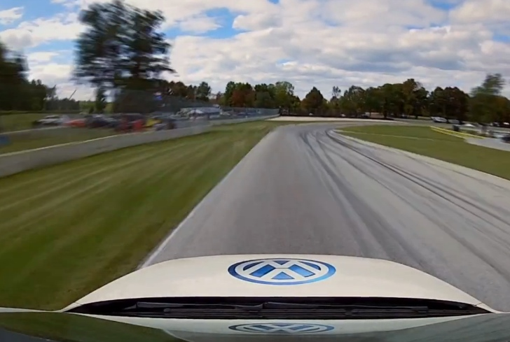 Road America Lapped at 400 MPH [Video]