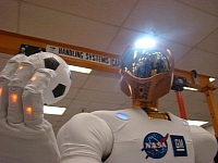 Robonaut 2 playing ball