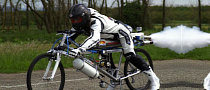 Rocket-Powered Bicycle Does 263 KM/H [Video]