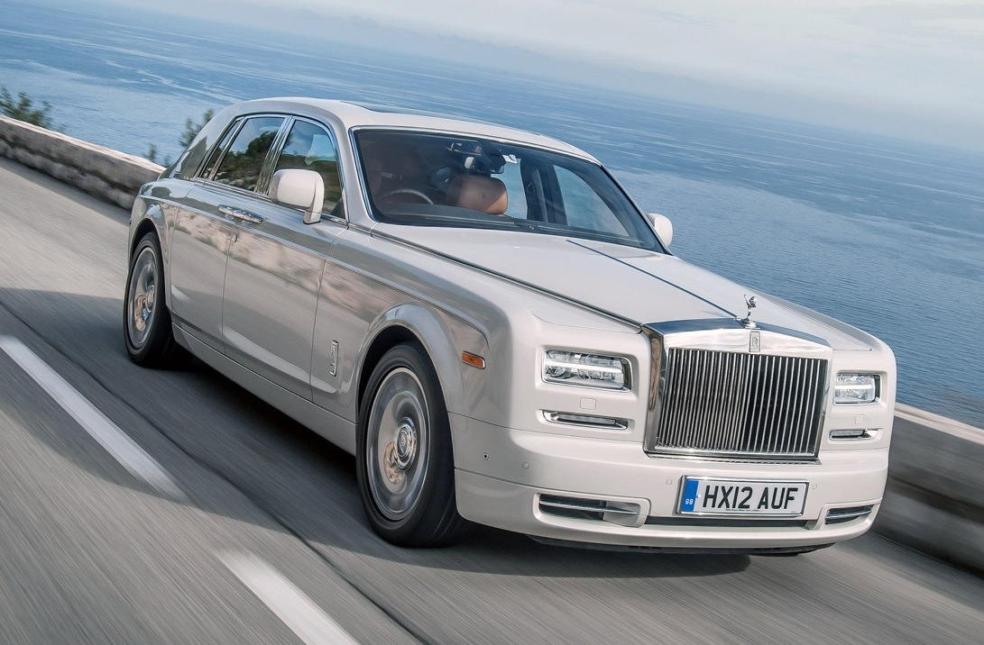 rolls royce discussing building an suv autoevolution. Black Bedroom Furniture Sets. Home Design Ideas