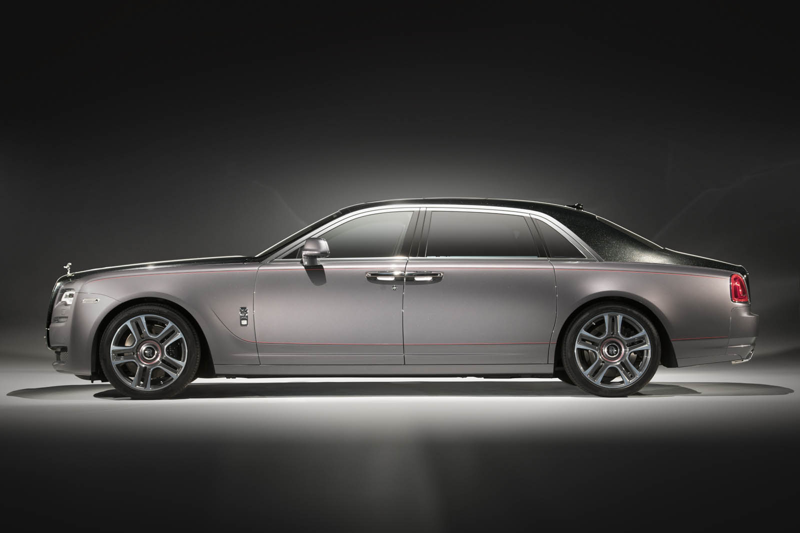 The Rolls-Royce Ghost Elegance Is Adorned With Diamond Stardust ...