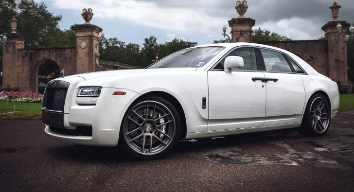 Rolls Royce Ghost Gets ADV.1 Wheels - autoevolution