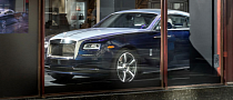 Rolls-Royce Wraith Making UK Debut in Harrods Window