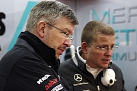 Ross Brawn overseeing Mercedes GP's test schedule in Valencia