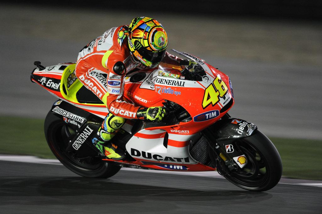 Rossi Admits Poor Bike Developt from Ducati - autoevolution