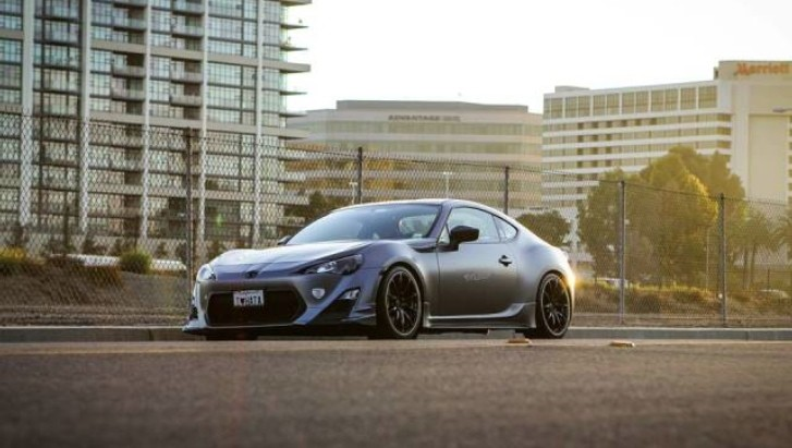 R's Tuning Toyota GT 86 Is a Frowned Beast [Photo Gallery]