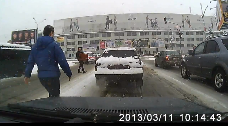 Russian Good Guy Greg Shows The Opposite of Road Rage [Video]