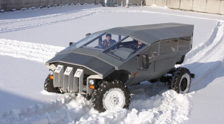 Russian Humvee Built by ZIL Looks Very Futuristic - autoevolution