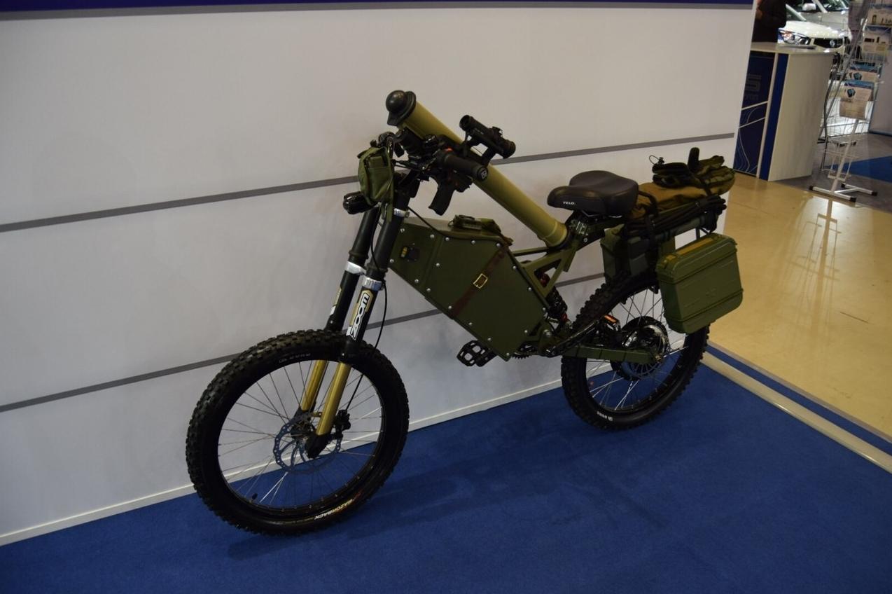 russian military spec electric bikes claim 320 km range. Black Bedroom Furniture Sets. Home Design Ideas