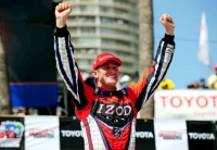 Ryan Hunter-Reay wins the Long Beach GP