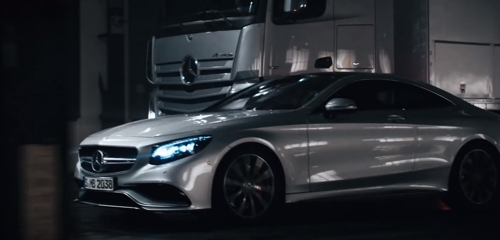 S63 Amg Coupe And Actros Make Love Give Birth To New Vito In