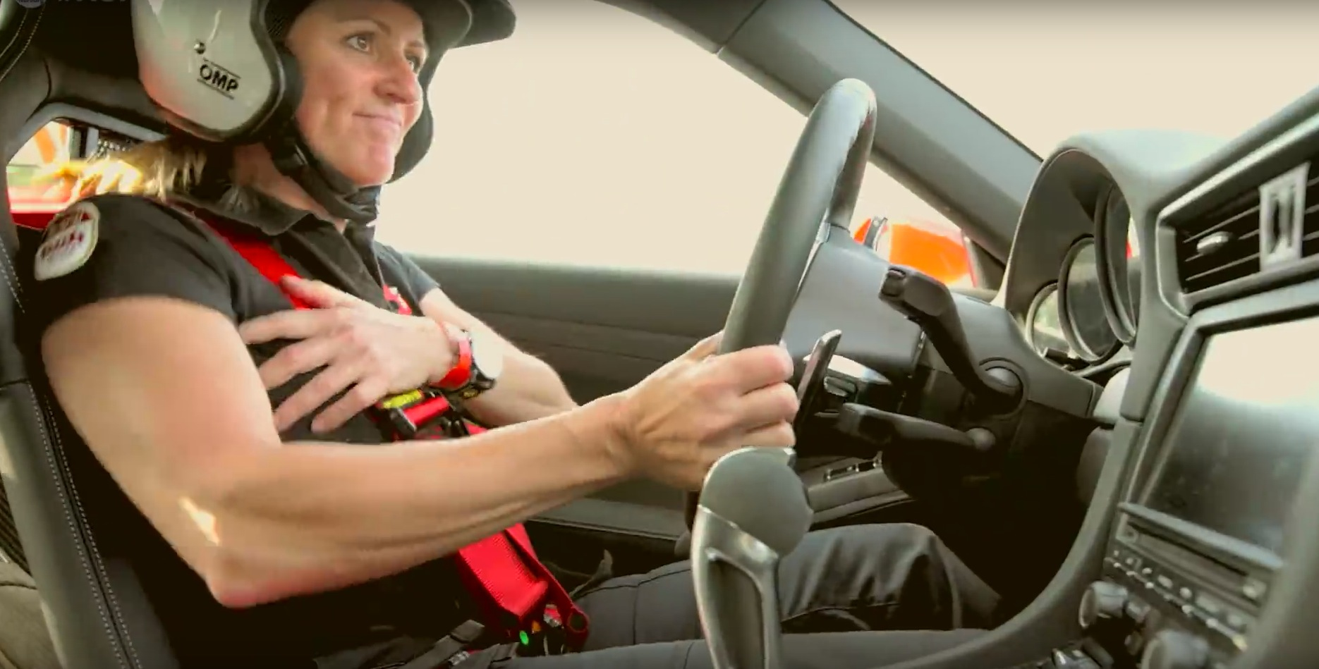 Sabine Schmitz Uses Porsche 911 Gt3 And Nurburgring S