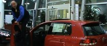 Salesman Humps Golf GTI Door, Door Resists [Video]