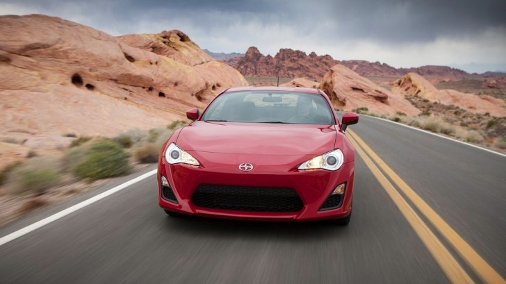 scion fr s gets 5 star safety rank from nhtsa autoevolution. Black Bedroom Furniture Sets. Home Design Ideas