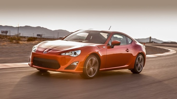 Scion FR-S Makes a Good Choice for a Summer Car Under $30K