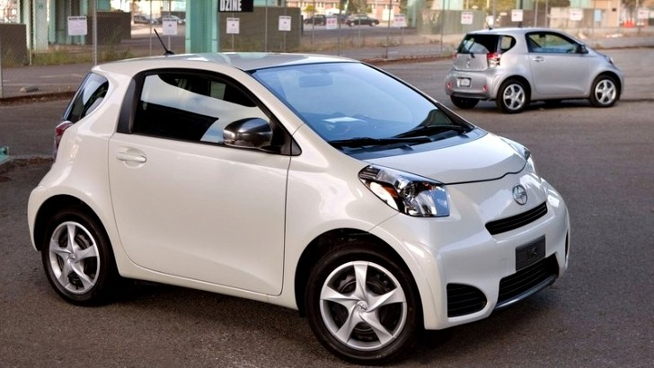 Scion Recalls 11,200 iQs