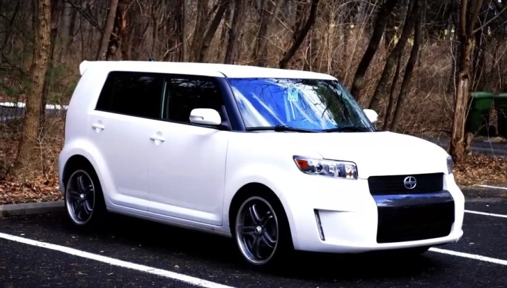 Scion xB: Built for Teens, Drove by Elderly - Regular Car Reviews