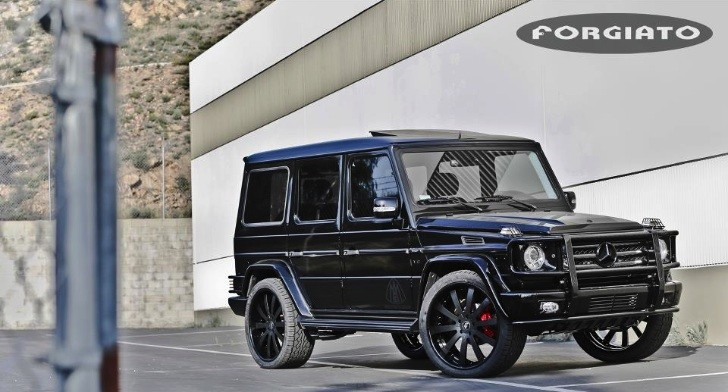 Scott disick puts forgiato 24 inch rims on mercedes g for Mercedes benz g wagon 2012
