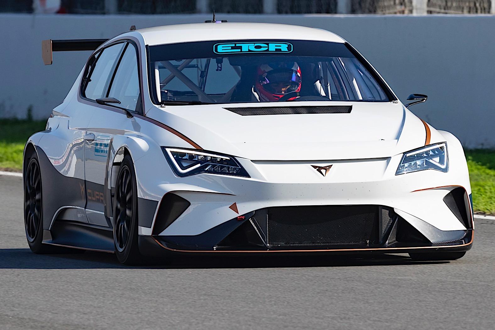 7 Photos Cupra E Racer