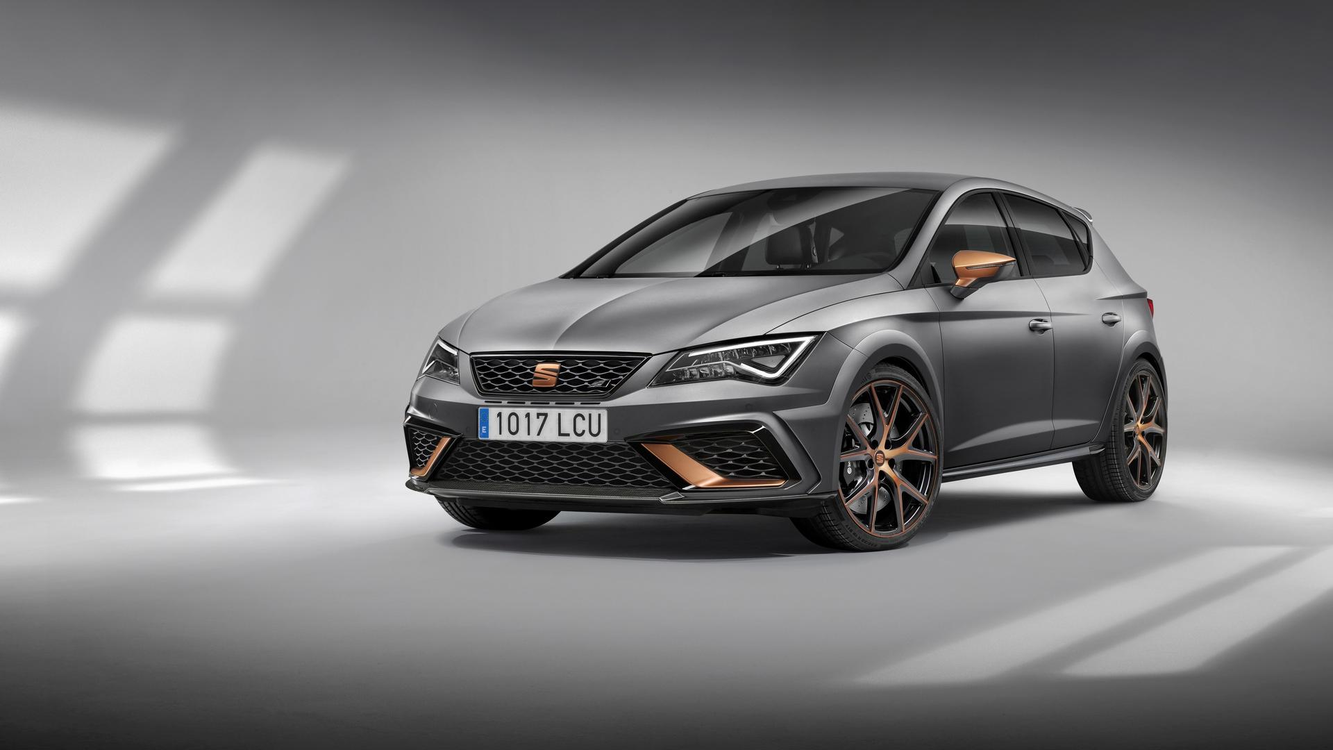 SEAT Leon Cupra R shows its claws ahead of a Frankfurt debut