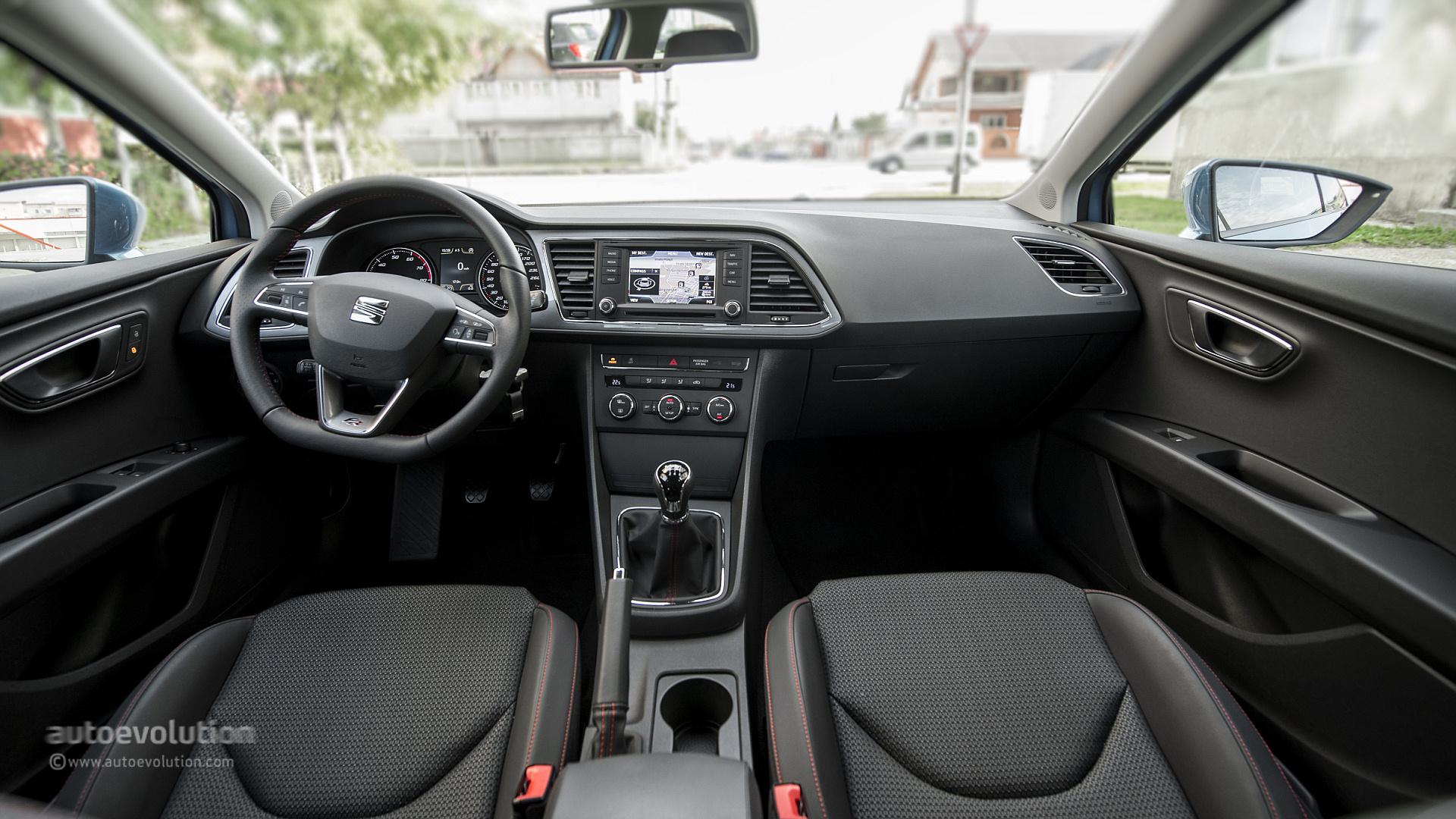 Seat leon sc original photos autoevolution for Interior seat leon