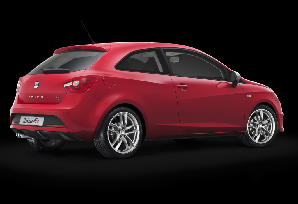 seat new ibiza fr and leon cupra facelift unveiled autoevolution. Black Bedroom Furniture Sets. Home Design Ideas