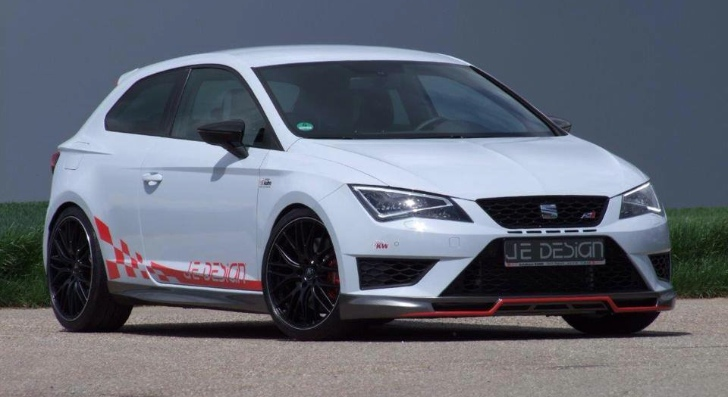 seat to renault we can beat the megane rs 275 trophy r autoevolution. Black Bedroom Furniture Sets. Home Design Ideas