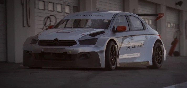 Sebastien Loeb Tests the Citroen C-Elysee WTCC Race Car in France [Video]