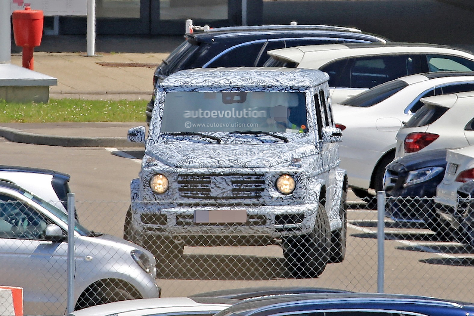 second-generation mercedes-benz g-class makes spy photo debut
