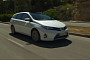 See the New Toyota Auris Touring Sports Up Close [Video]