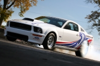 Meet the drag racer from Ford - the Mustang Cobra Jet 2008