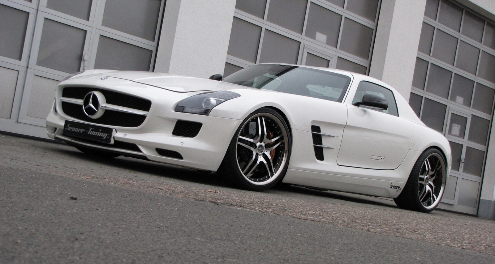 Senner tuning mercedes sls amg autoevolution for Mercedes benz tuning