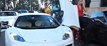 Sexy Girl Drives a McLaren MP4-12C [Video]