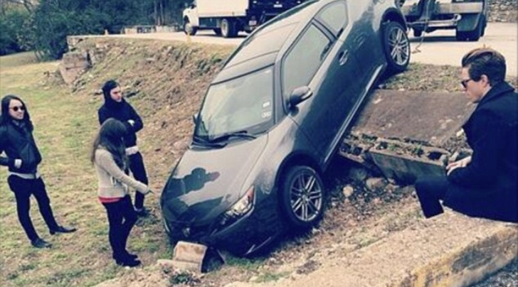 Shaun White Confuses Fans With Fake Car Crash Photo