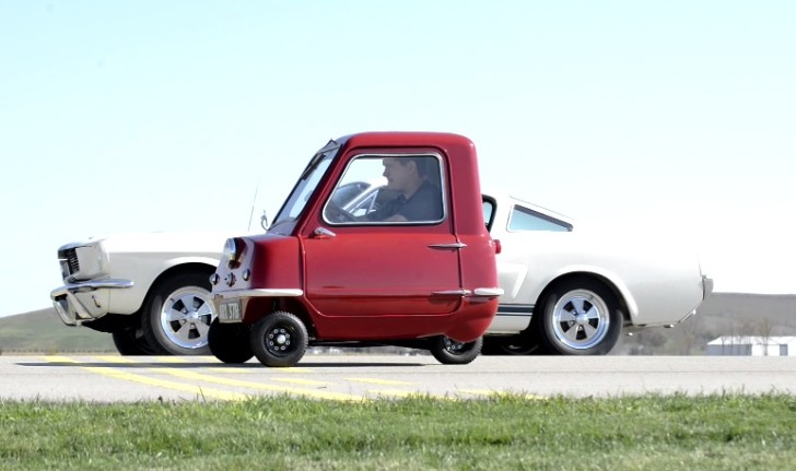 Shelby GT350 vs Peel P50 is the Weirdest Drag Race Ever [Video]