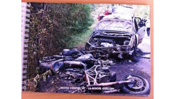 Shocking Accident Photo Album For French Students