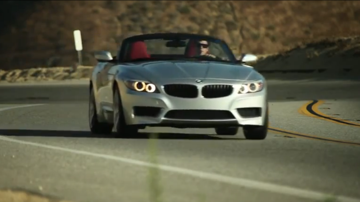 Sights And Sounds Of The New 240 Hp Bmw Z4 Sdrive28i Autoevolution