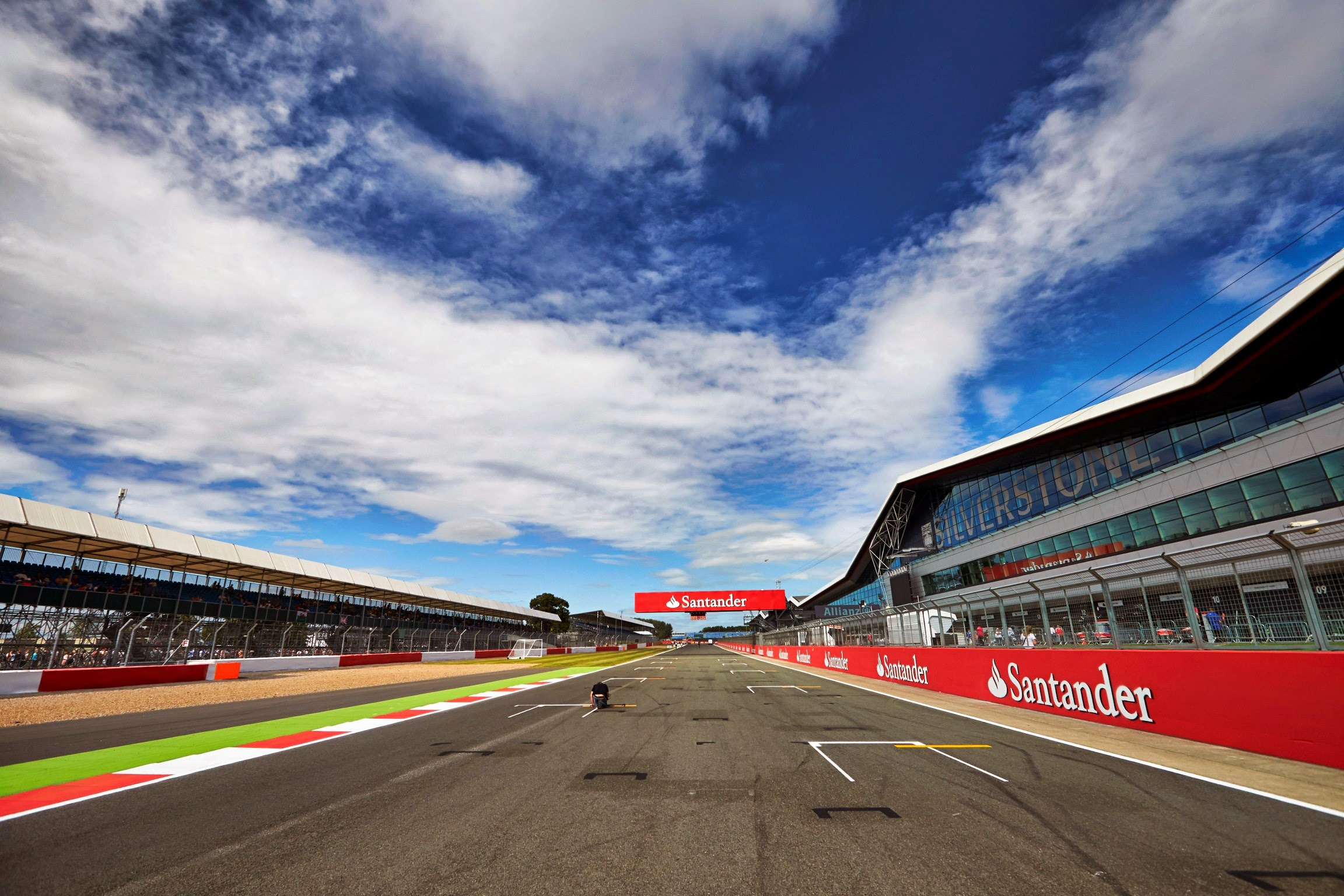 Silverstone Could Be Bought By Jaguar Land Rover