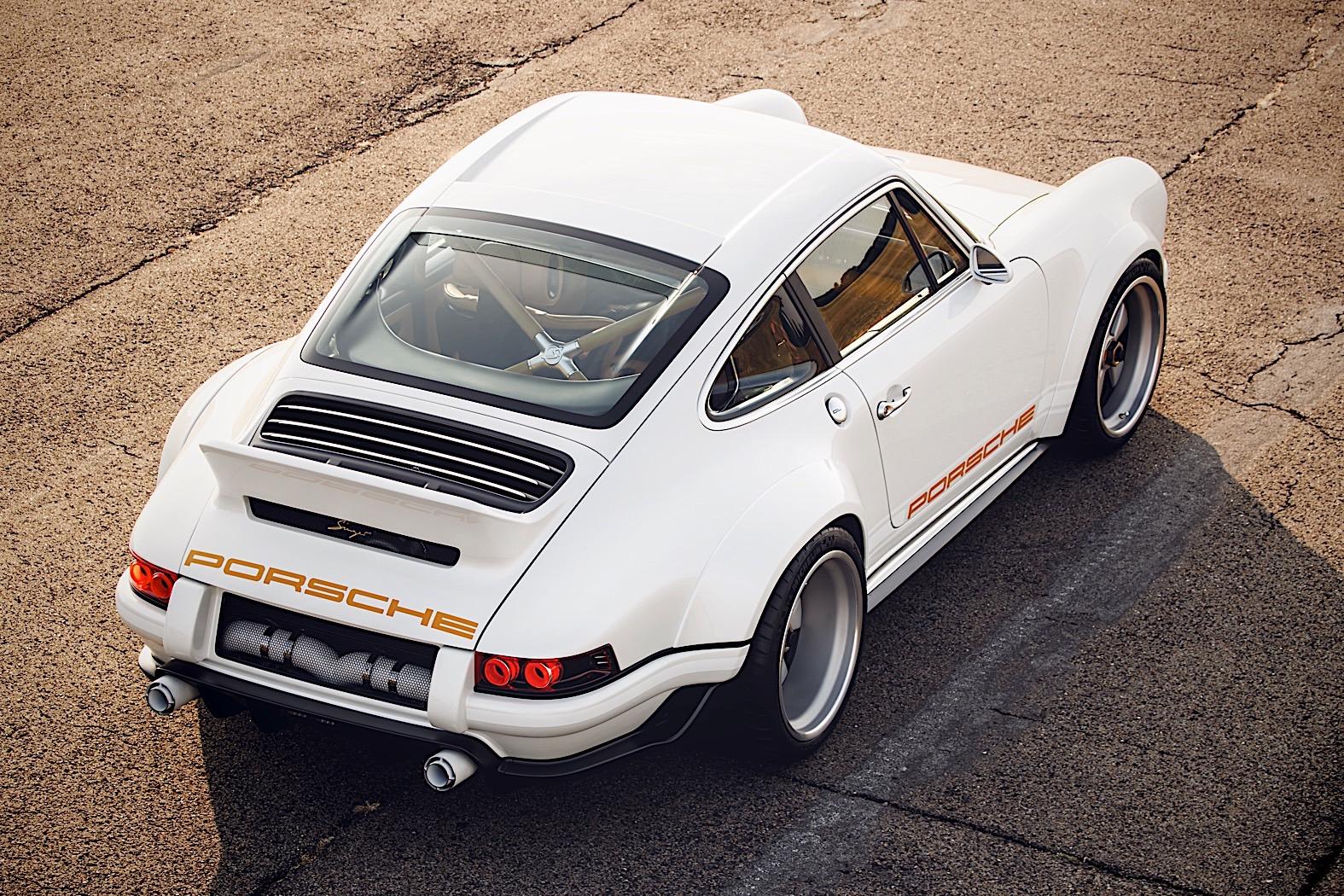 4 Photos Singer 1990 Porsche 911