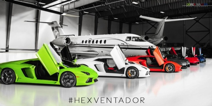 Six Lamborghini Aventadors Go to the Airport: Hexventador [Video]