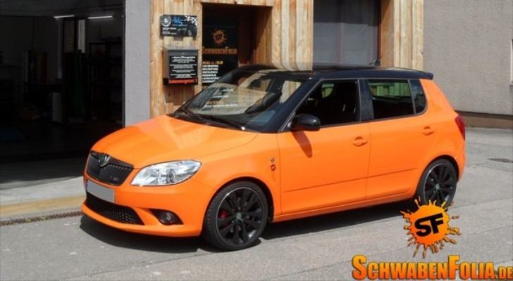 Skoda Fabia RS Goes Toxic With Orange Wrap - autoevolution