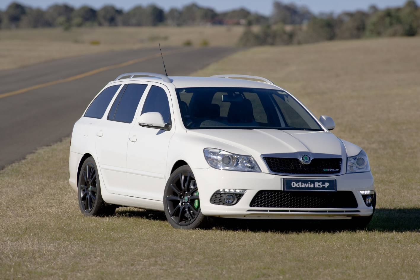skoda octavia rs p launched in australia autoevolution. Black Bedroom Furniture Sets. Home Design Ideas