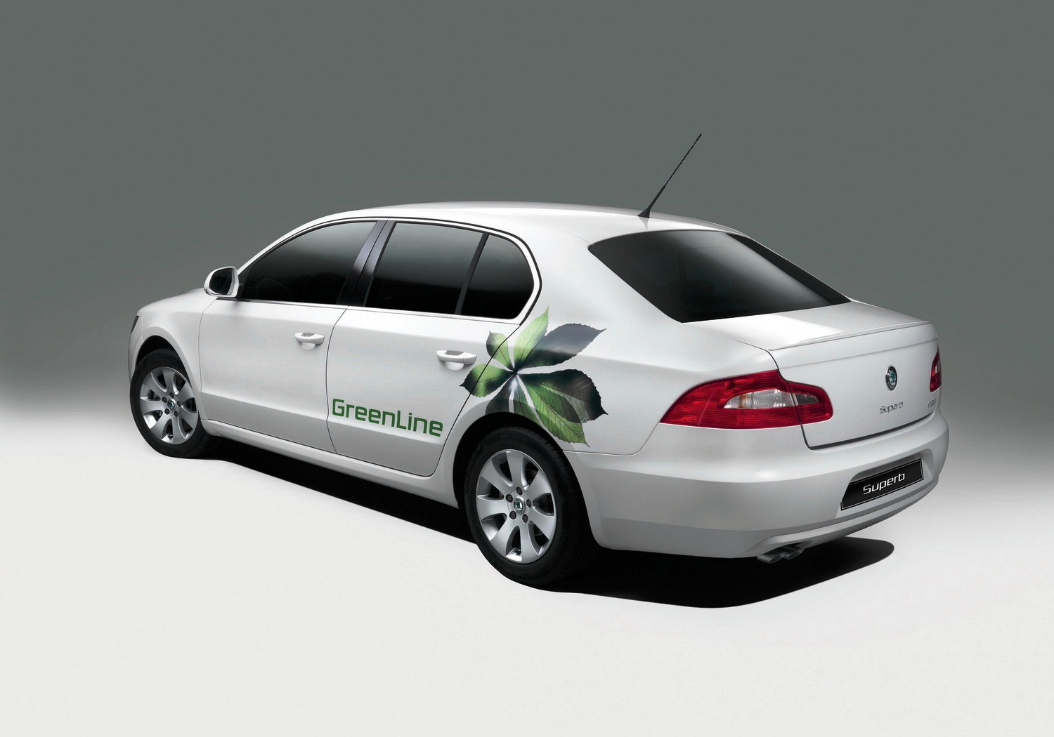 skoda superb greenline for the eu presidency autoevolution. Black Bedroom Furniture Sets. Home Design Ideas